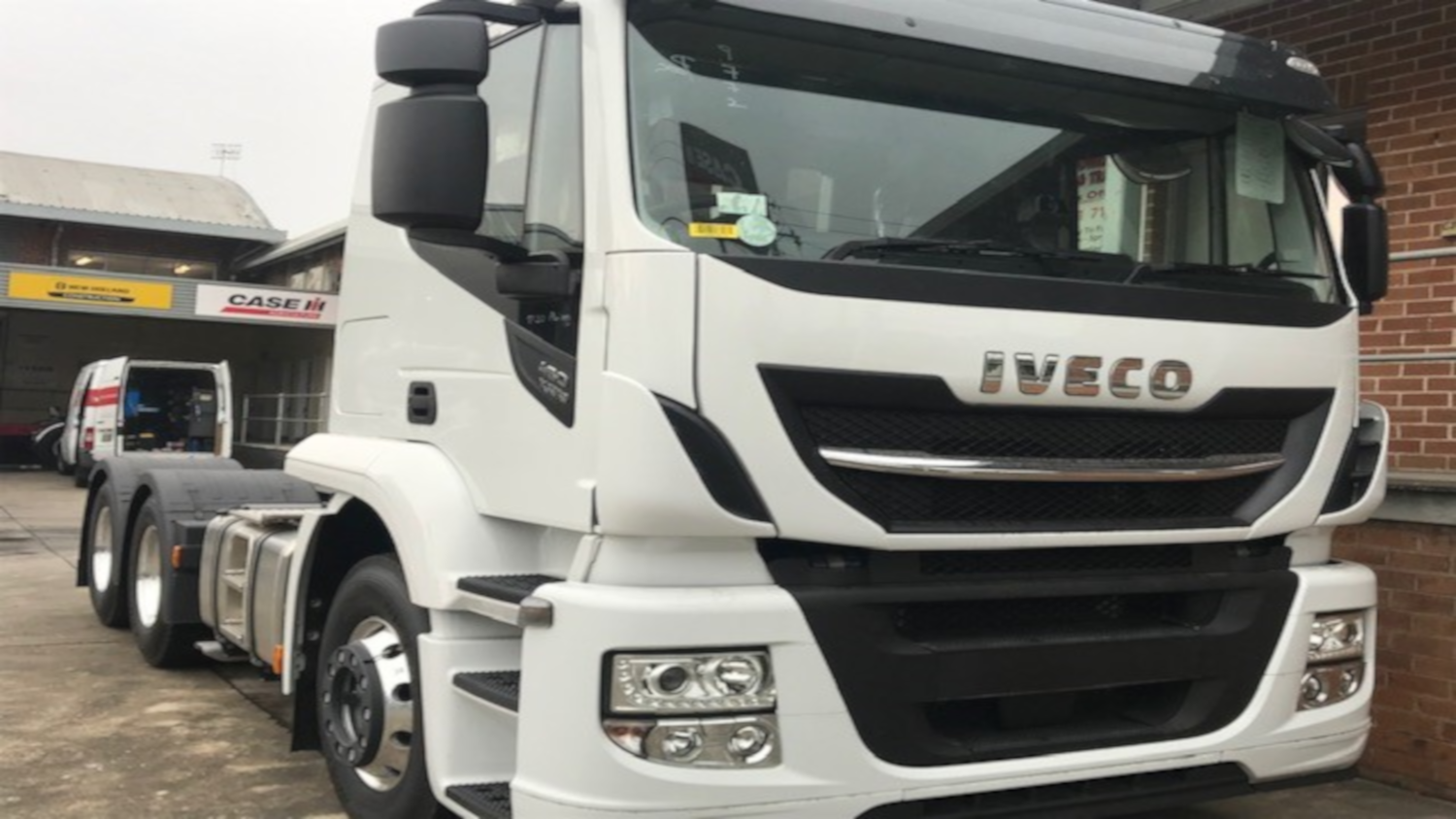 Iveco X Way AT 6x4 Prime Mover